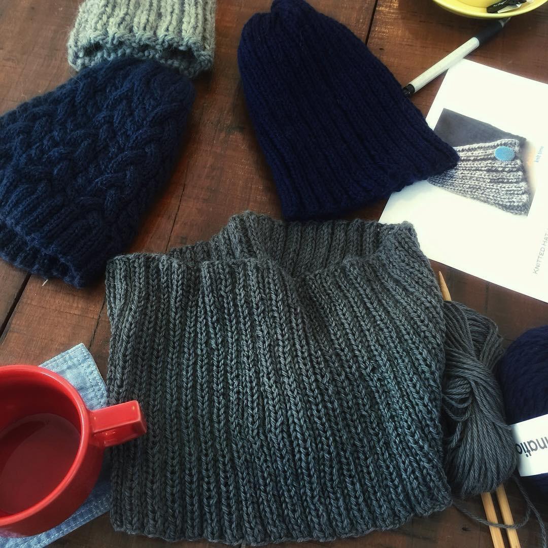 ニット帽やスヌード 冬支度小物を編みましょう
